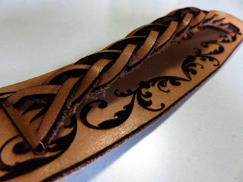 leather-bracelet-laser-cutter