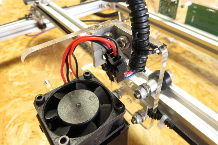 Laserケーブル接続