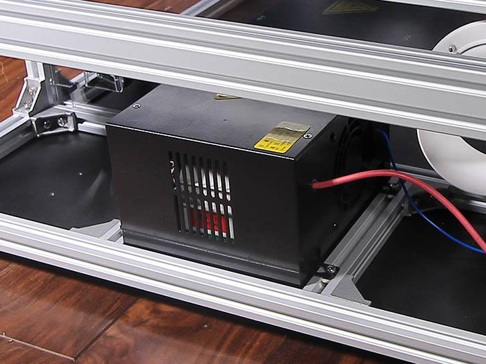 レーザー電源配置位置