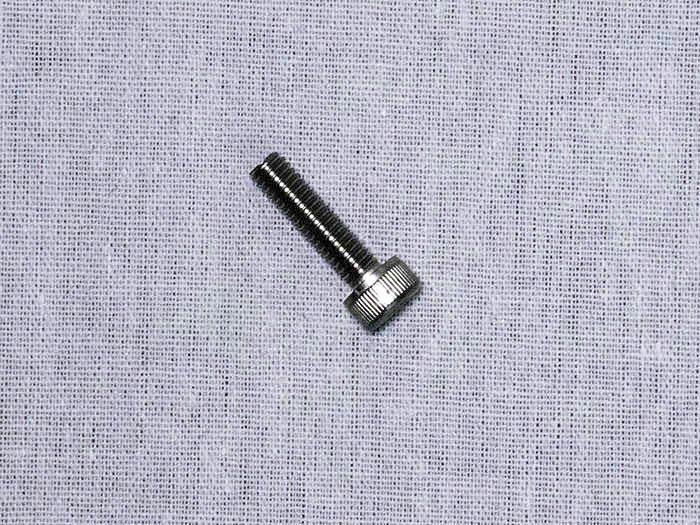 M4x15六角穴付ボルト