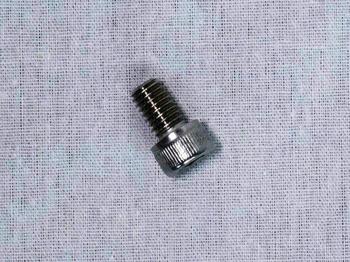 M6x8六角穴付ボルト